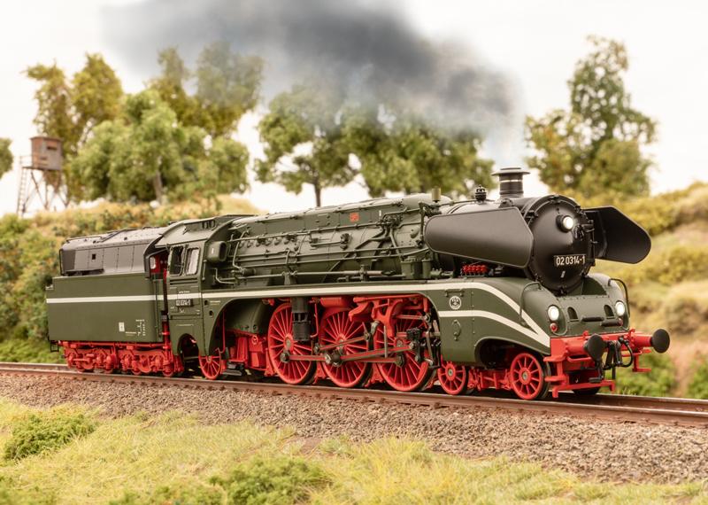 Marklin & Trix 2021 Surprise Locomotive - Class 02 DR 'Schorsch' with Dynamic Smoke