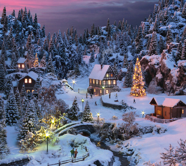 Add a touch of Christmas to your layout this year!