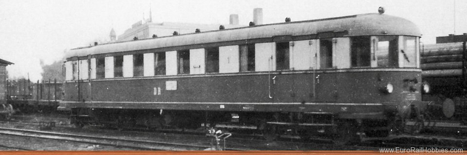 Brawa 44359 Diesel Railcar VT 137 BC4vT 32-34 and Trailer