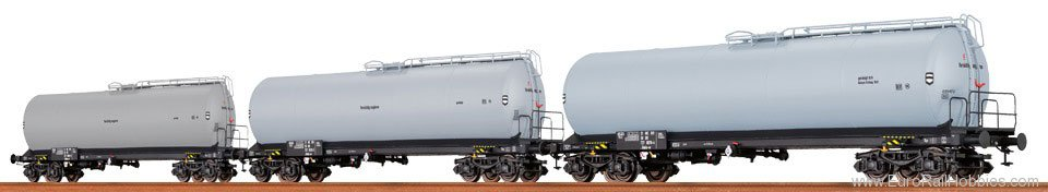 Brawa 67238 Tank Car DR, set of 3