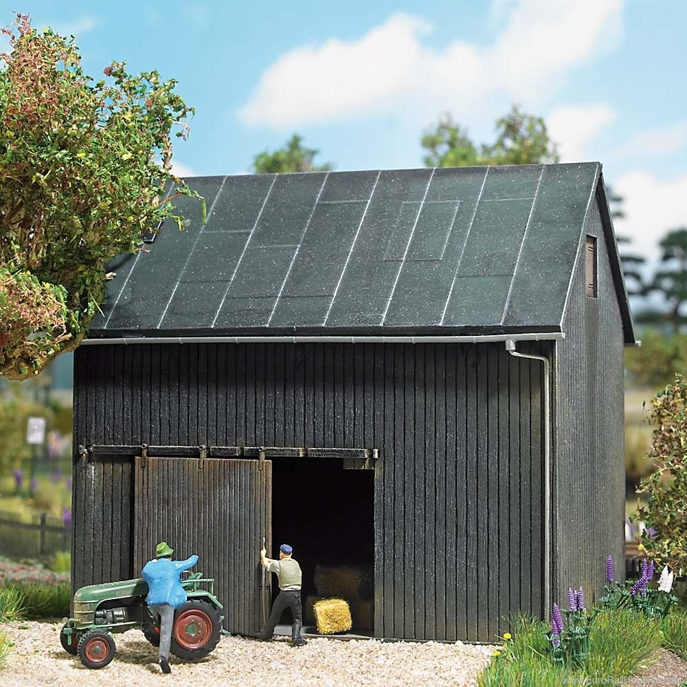 Busch 1401 HO Wooden Shed