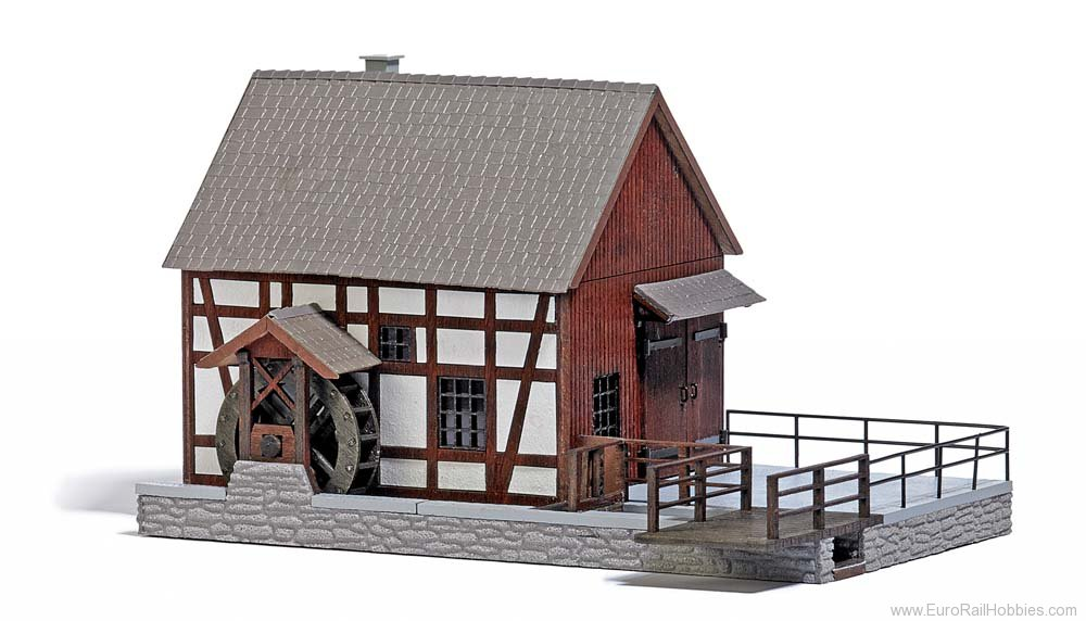 Busch 1576 Half-Timbered Water-Powered Mill