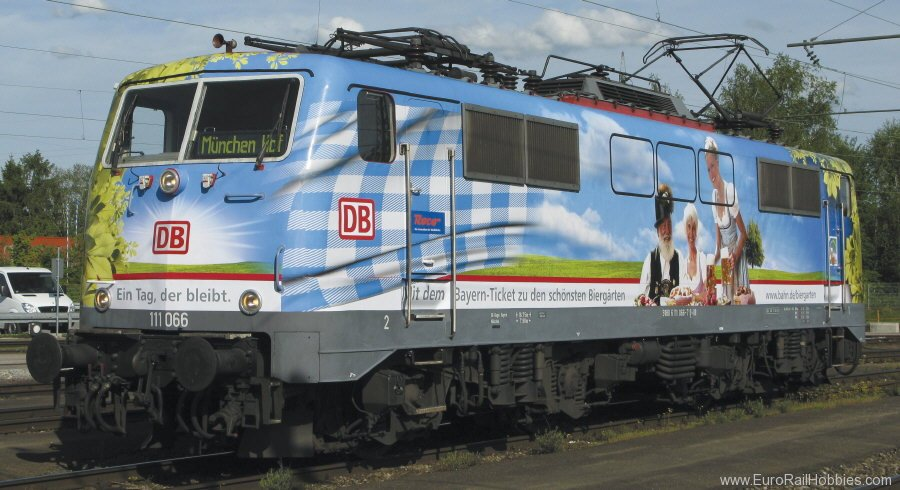 Fleischmann 781302 Electric locomotive 111 066-7 of the DB AG.