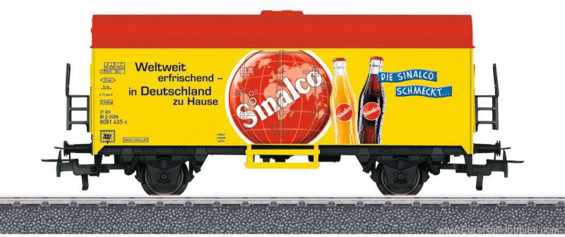 Marklin 44213 'Sinalco' Refrigerator Car (Start Up)