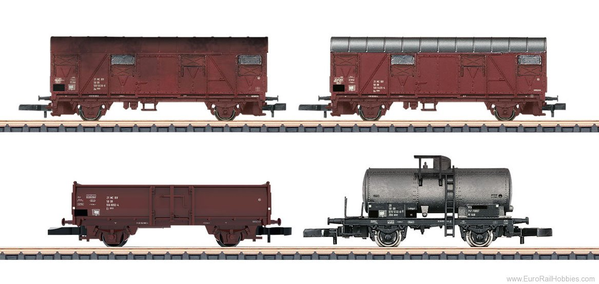 Marklin 82041 DR Freight 4-Car Set, 2 cars with weathering