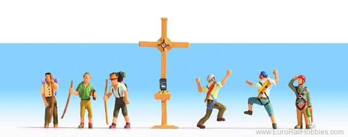 Noch 15874 Mountain hikers with cross, 6 figures + cross
