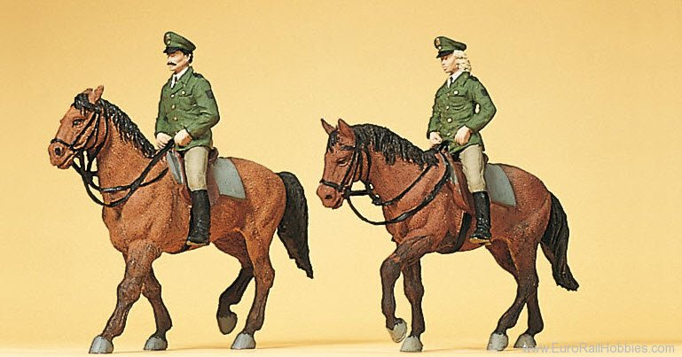 Preiser 10390 Police and Firefighters -- German Mounted Pol