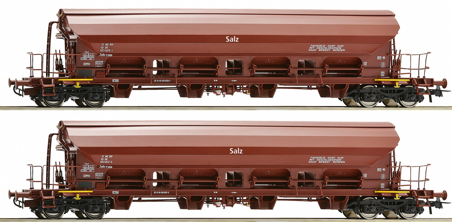 Roco 67179 2 piece set swing roof wagons, DR