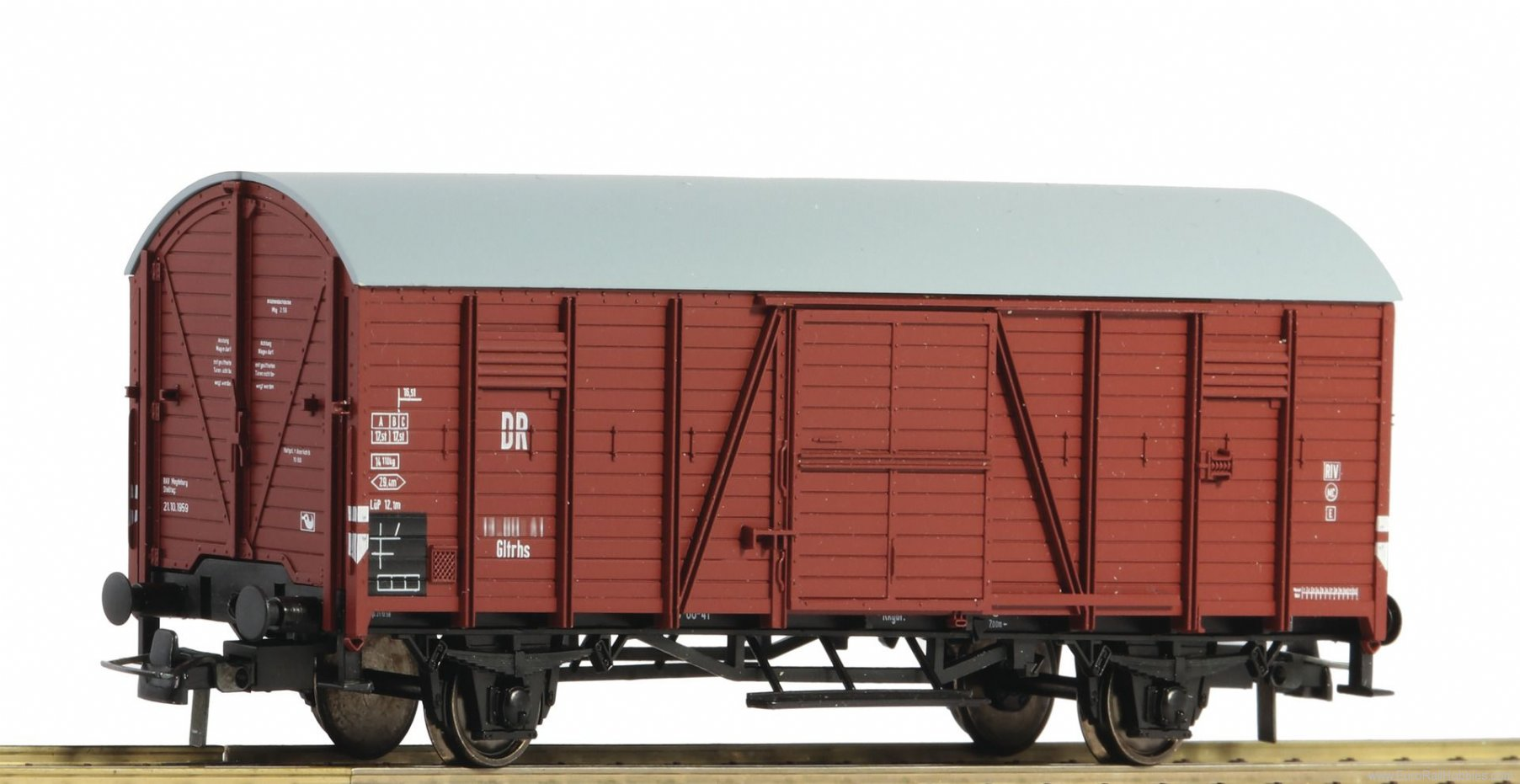 Roco 67279 Box goods wagon, DR