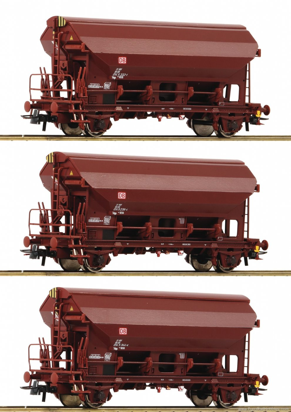 Roco 76575 3 piece set: Swing roof wagons, DB AG