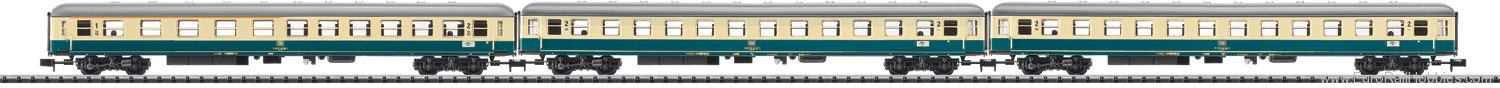 Trix 15639 'D796' Passenger Car Set