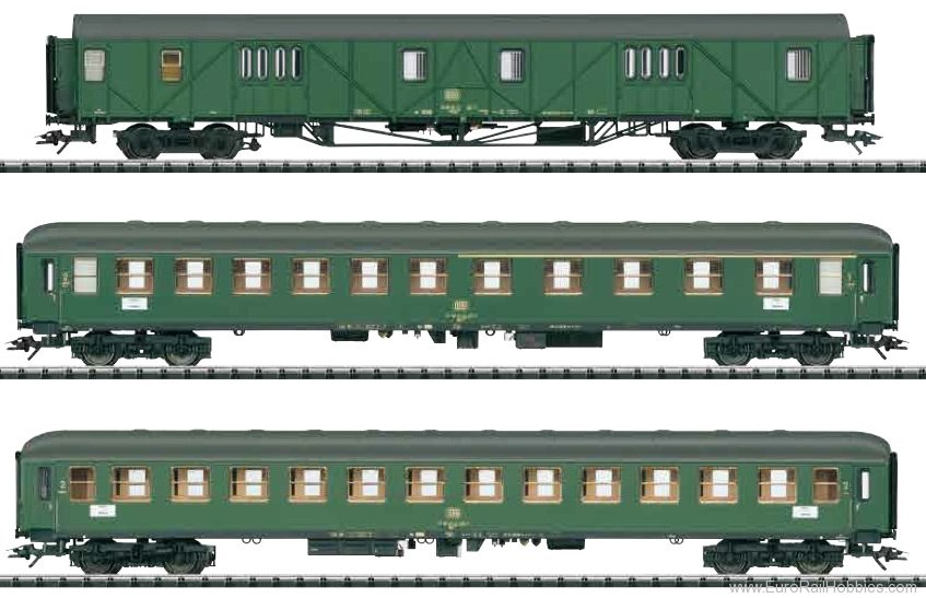 Trix 23499 DB Fast Passenger Train Car Set 1
