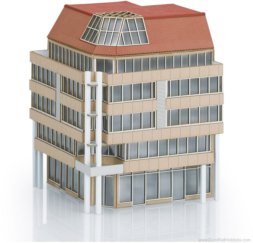Trix 66331 Kit for a City Corner Building