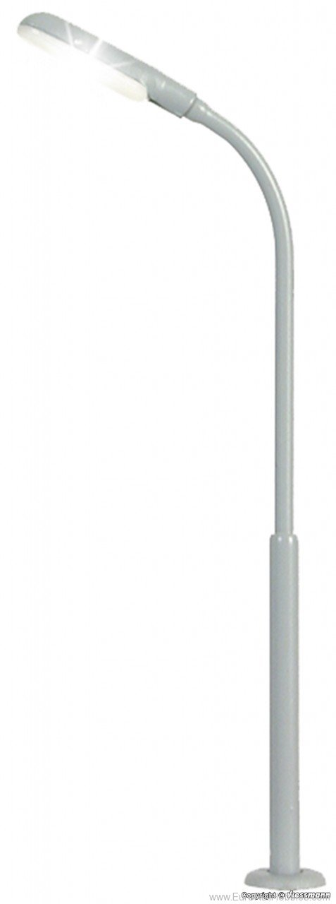 Viessmann 6490 N Whip street light, LED white