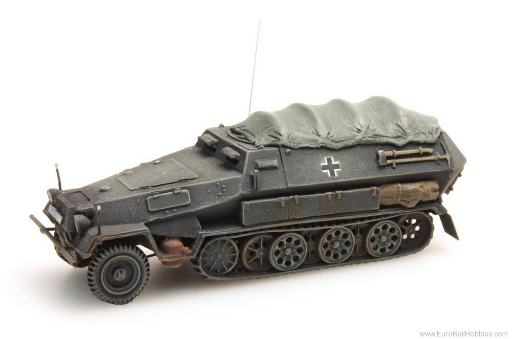 Artitec 387.73-PG Sd. Kfz 251 / 8B with cover, gray